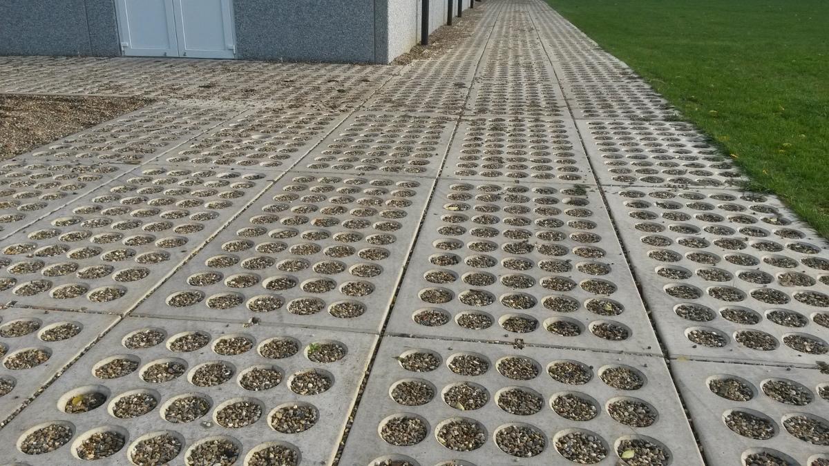 Prefab betondallen voor de agrarische sector SIMBeton